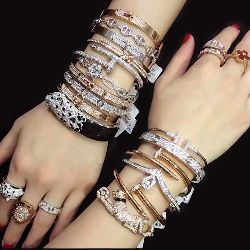 Customized luxury jewelry