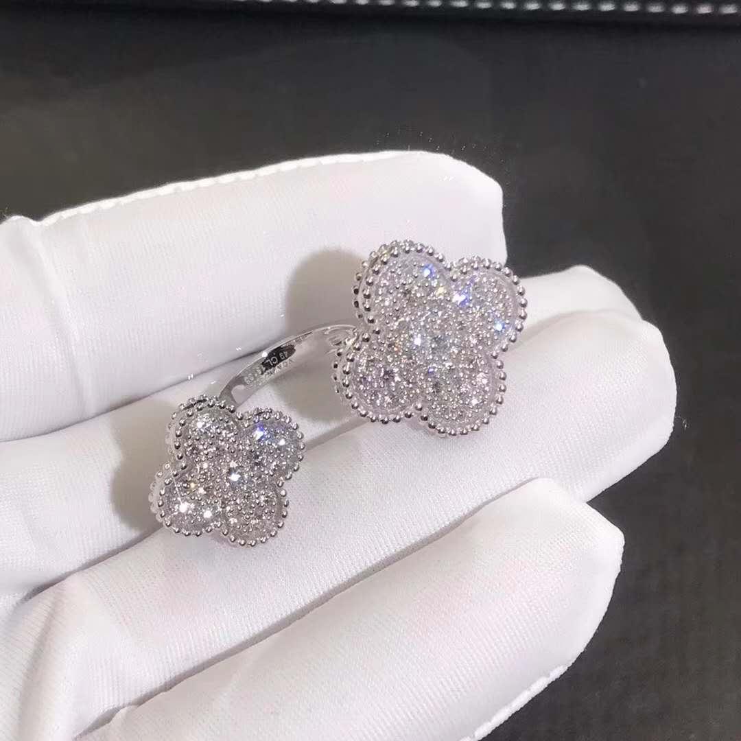 Van Cleef & Arpels Magic Alhambra Between the Finger ring