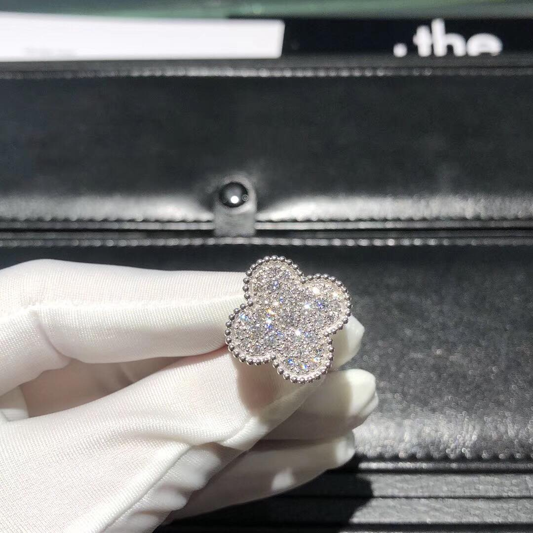 VCA Magic Alhambra Ring in 18k White Gold with Diamonds