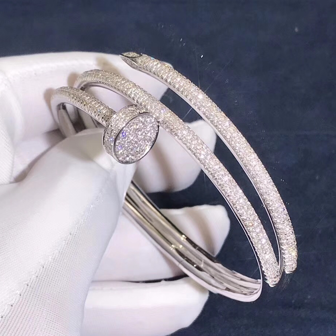 Cartier Juste un Clou bracelet in 18K white gold set with 624 brilliant-cut diamonds