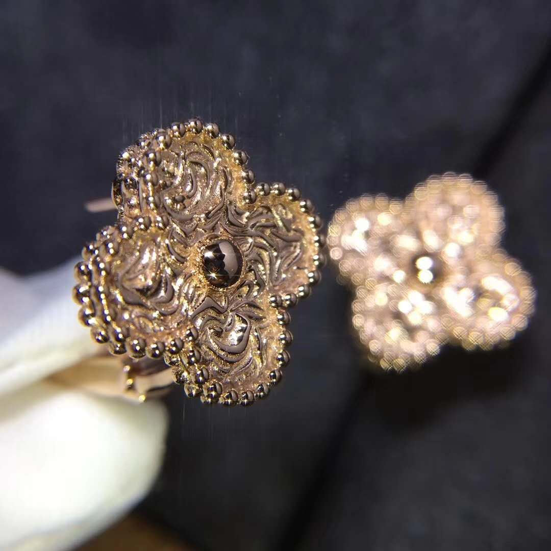VAN CLEEF & ARPELS Vintage Alhambra Stud Earrings in 18k Pink Gold
